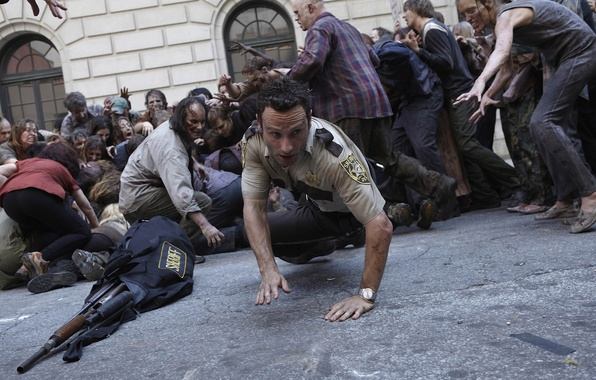 Picture the crowd, zombies, zombie, the series, actor, serial, The Walking Dead, Rick Grimes, The walking …
