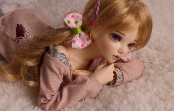 Picture toy, doll, bows