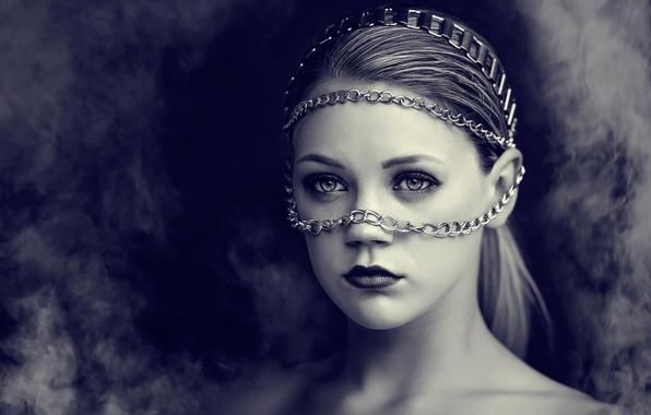 Picture girl, smoke, portrait, chain, dramatic
