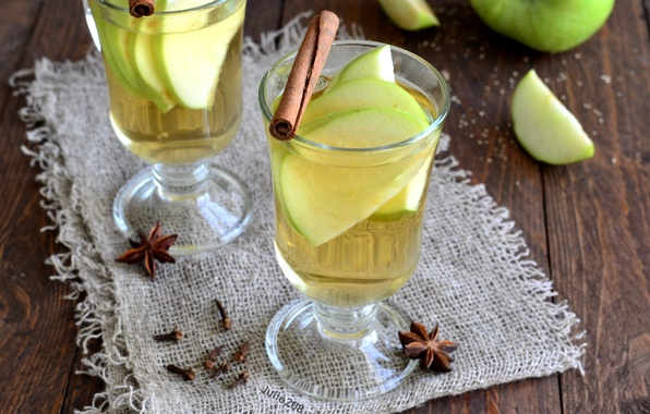 Picture glass, Apple, drink, cinnamon, carnation, spices, star anise, mulled wine