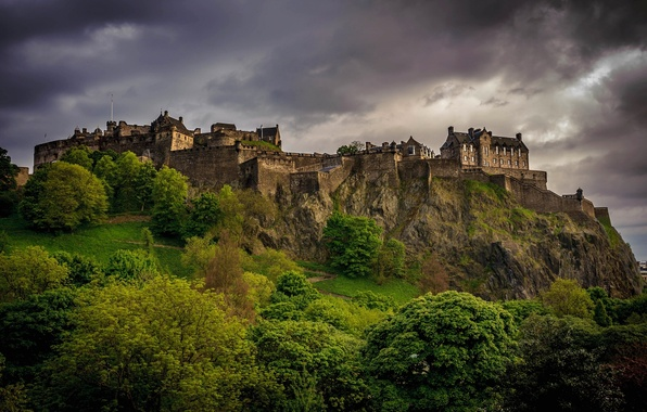 Picture greens, trees, landscape, clouds, castle, overcast, the evening, Scotland, UK, Scotland, Edinburgh, Edinburgh, Great Britain, ...