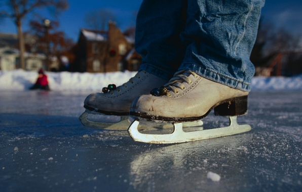 Picture winter, jeans, rink, skates