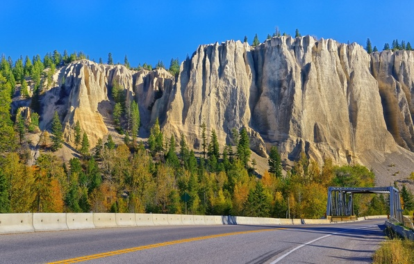 Picture road, trees, mountains, bridge, rocks, Canada, Canada, British Columbia, British Columbia, Dutch Creek Hoodoos