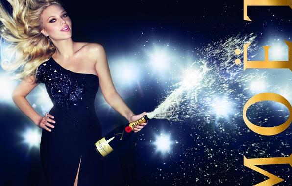 Picture foam, light, squirt, lights, pose, model, bottle, advertising, figure, dress, actress, Scarlett Johansson, blonde, Scarlett …