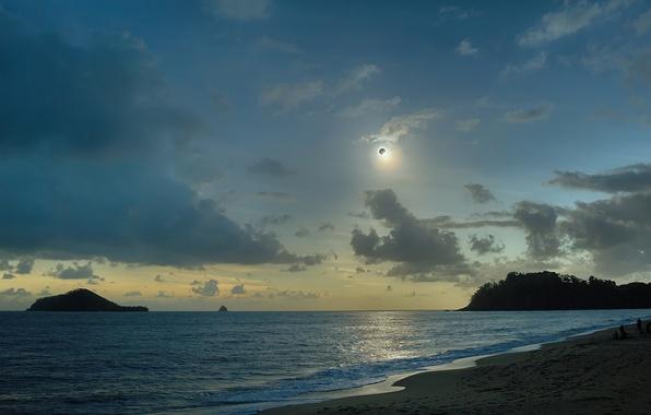 Picture clouds, the ocean, The sun, The moon, Australia, Eclipse, Australia, Queensland, QLD