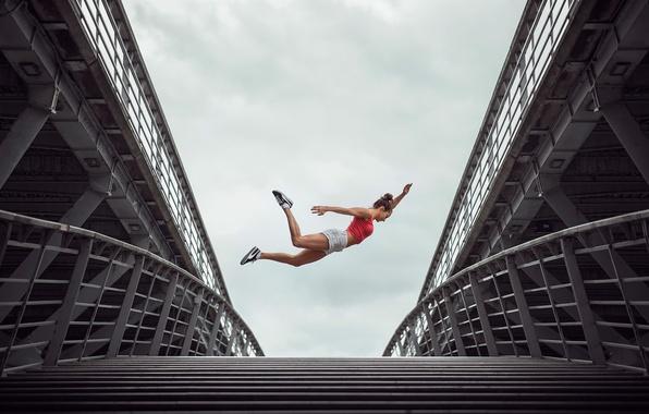 Picture jump, athlete, gymnast, jumper, Emilie Caillon