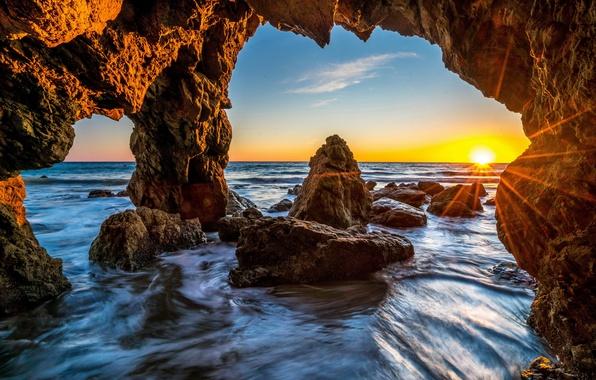 Picture sea, the sky, stones, rocks, dawn, shore, horizon, USA, the rays of the sun, Malibu
