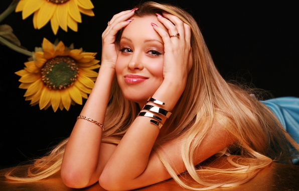 Picture look, girl, smile, table, background, sweetheart, hair, sunflower, ring, hands, actress, blonde, lips, beauty, singer, …