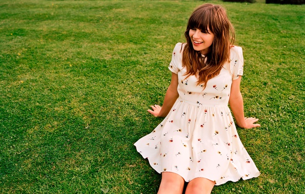 Picture album, photoshoot, music, Gabrielle Aplin, English Rain, Gabriel Aplin