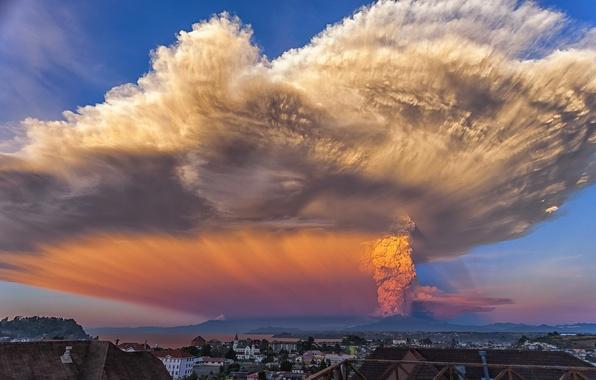Picture the sky, ash, the eruption, Volcano Calbuco