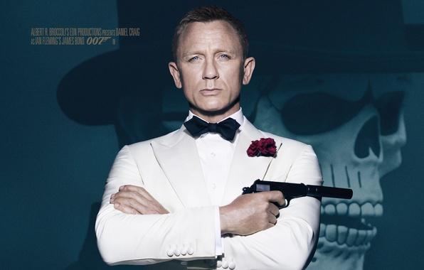 Picture gun, background, skull, hat, agent, in white, James Bond, Daniel Craig, 007, muffler, James Bond, …