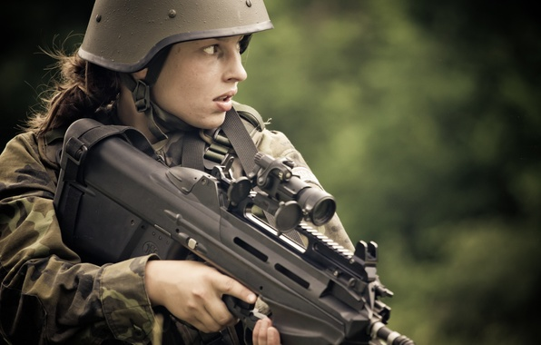 Picture girl, weapons, machine, helmet, FN F2000