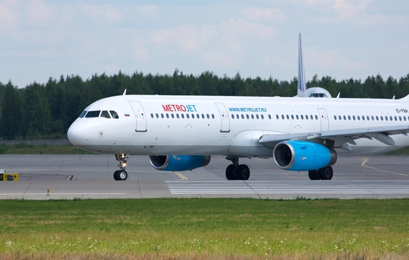 Photo wallpaper airport, the plane, kolavia, Kogalymavia, metrojet
