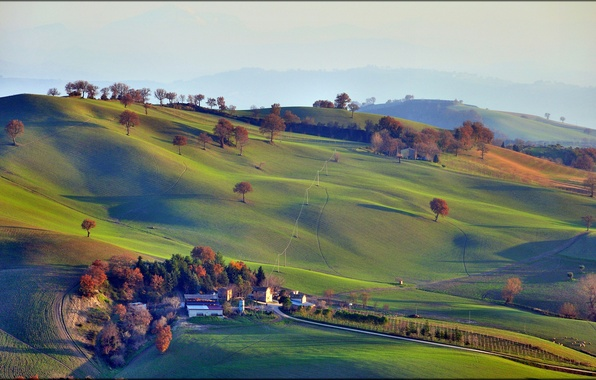Picture the sky, grass, trees, mountains, house, hills, field, Italy, Campagna