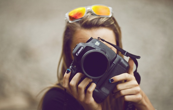 Picture girl, camera, glasses, the camera, relieves
