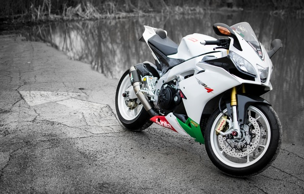 Picture white, motorcycle, white, Supersport, aprilia, bike, pond, supersport, Aprilia, rsv4