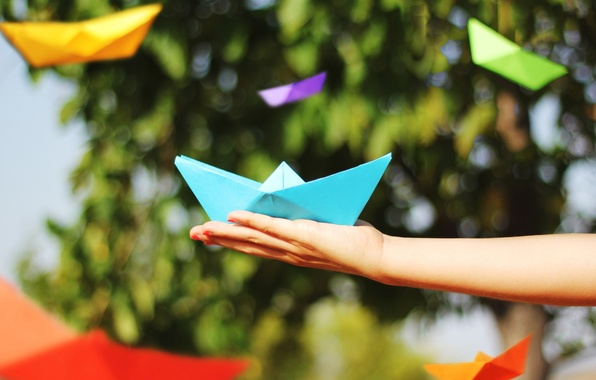 Picture girl, background, widescreen, Wallpaper, mood, boat, people, hand, blur, wallpaper, boat, bright, origami, the ship, …