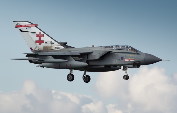 Picture fighter-bomber, Panavia Tornado, jet