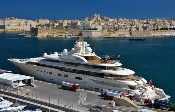 Picture the city, dressing, yacht, port, helicopter, white, architecture, yacht, mega, Malta, Malta, Valletta, Dilbar, Valletta.