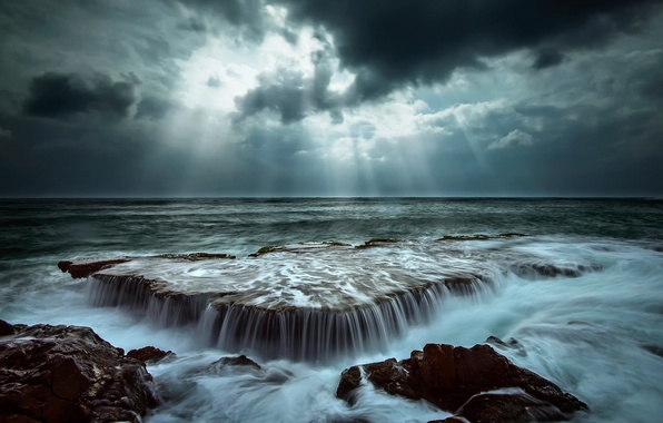 Picture sea, wave, the sky, water, rays, light, clouds, nature, stones, the ocean, rocks, excerpt, threads