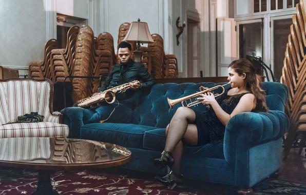 Picture girl, blue, man, living room, sofa, velvet, saxophone, musicians, trumpet