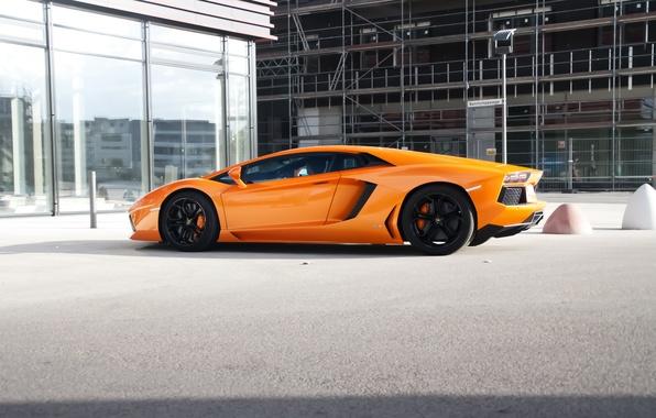 Picture orange, reflection, the building, Windows, lamborghini, side view, orange, aventador, lp700-4, Lamborghini, aventador