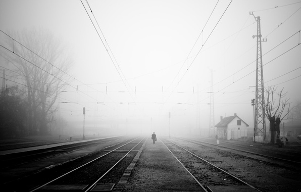 Picture sadness, fog, people, railroad