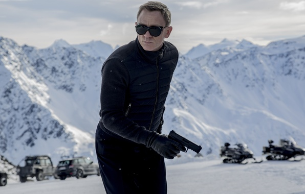 Picture Action, Nature, Cars, Winter, Daniel Craig, 007, Black, Snow, Wallpaper, Guns, Mountains, James Bond, Year, …