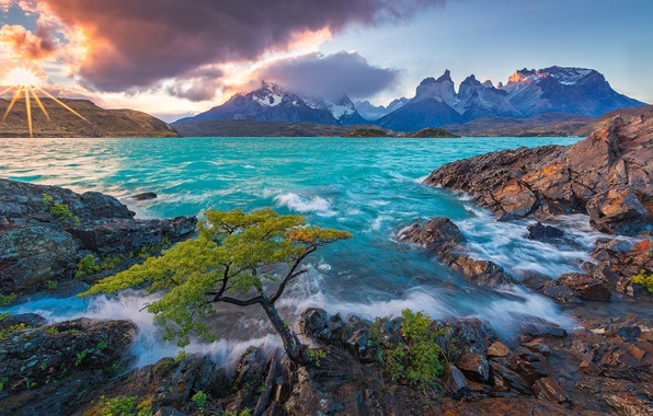 Picture sunset, mountains, lake, Chile, Chile, Patagonia, Patagonia, Lake Pehoe, Torres del Paine National Park, Torres …