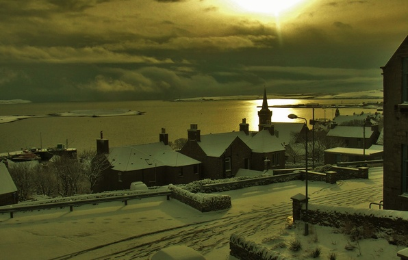 Picture winter, sea, the sky, clouds, snow, sunset, the city, street, home, the evening