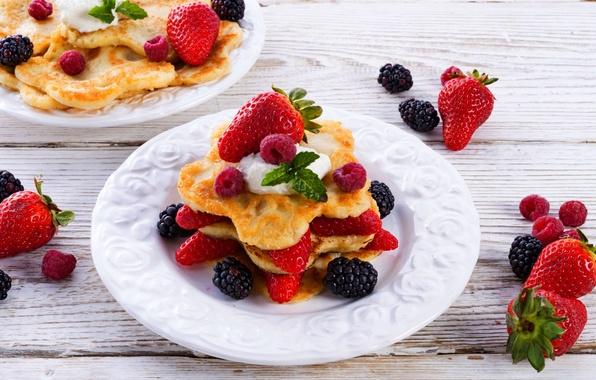 Picture berries, food, fruit, pancakes, food, BlackBerry, fruit, sweet, dessert, blackberry, pancakes, strawberries, sweet, desserts
