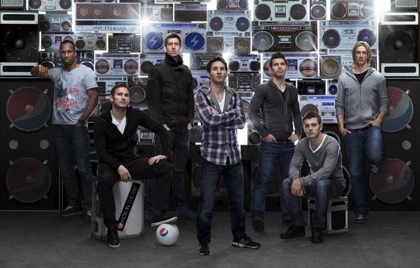 Picture The ball, Advertising, Football, Lionel Messi, Lionel Messi, Fernando Torres, Frank Lampard, Fernando Torres, Frank ...