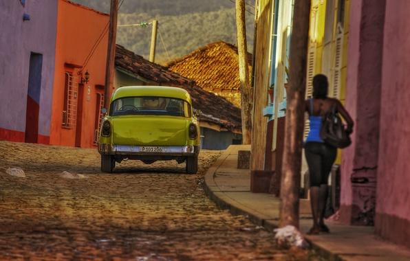 Picture summer, girl, street, home, back, car, the sidewalk, Cuba, sunlight, Sancti Spiritus, Trinidad