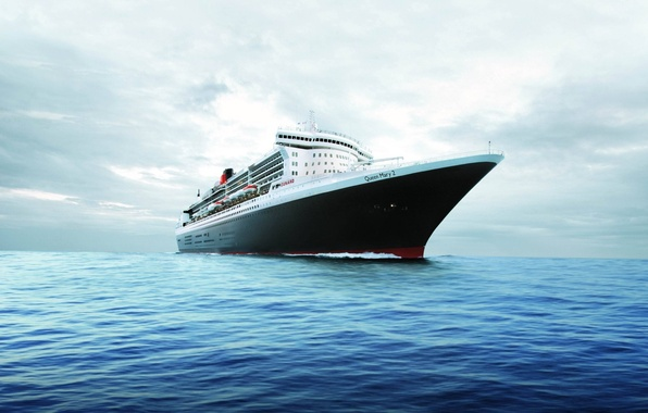 Picture the ocean, horizon, liner, Queen Mary 2