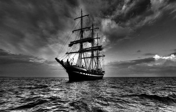 Picture sea, the sky, ship