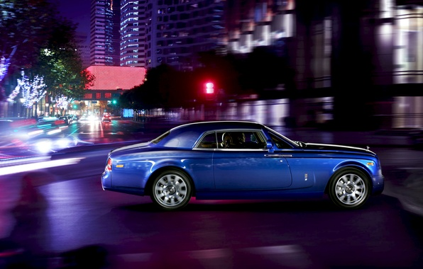 Picture Auto, Road, Night, Blue, The city, Rolls-Royce, Phantom, Machine, People, Coupe, Suite, Side view, In …