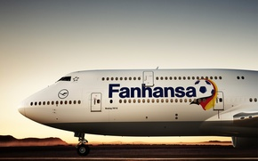 Picture the sky, the sun, sunset, sunrise, Mountains, Airport, Hills, Boeing, the world, football, 2018, Lufthansa, …