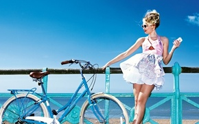 Picture girl, bike, dress, glasses