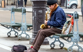 Picture street, people, saxophone