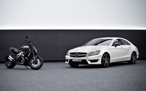 Picture machine, background, Mercedes-Benz, motorcycle, Mercedes, AMG, the front, ducati, and, AMG, цлс63, diavel, CLS63, Ducati, …