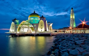 Picture Beach, The evening, mosque