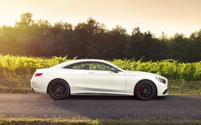 Picture Mercedes-Benz, white, AMG, Coupe, profile, S-Class, S63, CAR Magazine