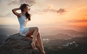 Picture girl, landscape, the city, the wind, view, height, beauty, dal, watching the sunset
