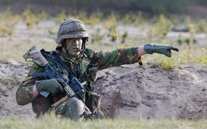 Picture weapons, Royal Netherlands Army, soldiers