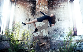 Picture girl, dress, drop, chair, photographer, girl, ruins, photography, photographer, David Olkarny