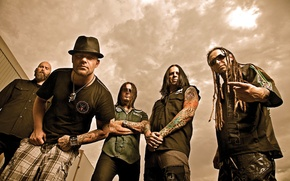 Picture music, Five Finger Death Punch, alternative metal, hevy-metal, groove metal, Chris Kael, Jeremy Spencer, Jason …