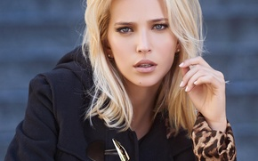 Picture girl, face, model, makeup, actress, black, blonde, coat, blue-eyed, Luisana Lopilato, Luisana Lopilato