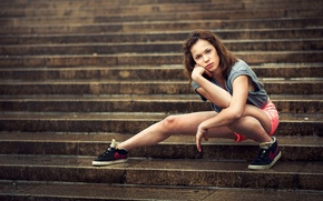 Picture look, shorts, sneakers, steps, brown-eyed