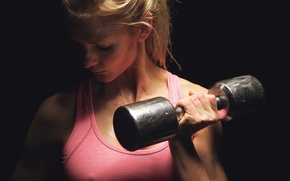 Picture blonde, fitness, hand weights