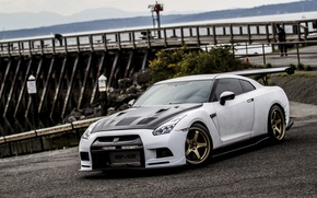 Picture nissan, white, wheels, japan, jdm, tuning, gtr, front, race, speed, face, racing, r35, nismo, datsun